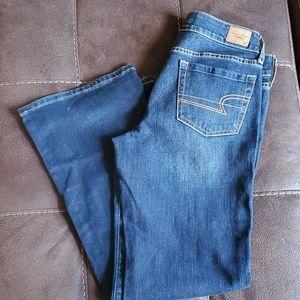 American Eagle Favorite Boyfriend Jeans - 10 Short